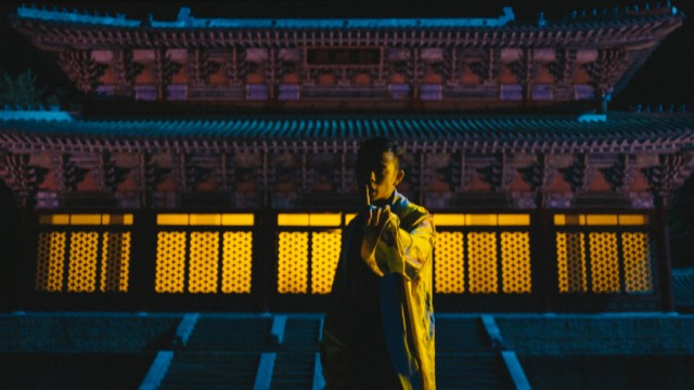 still from BEENZINO's 'January' music video directed by GDW's Woogie Kim for Illionaire Records